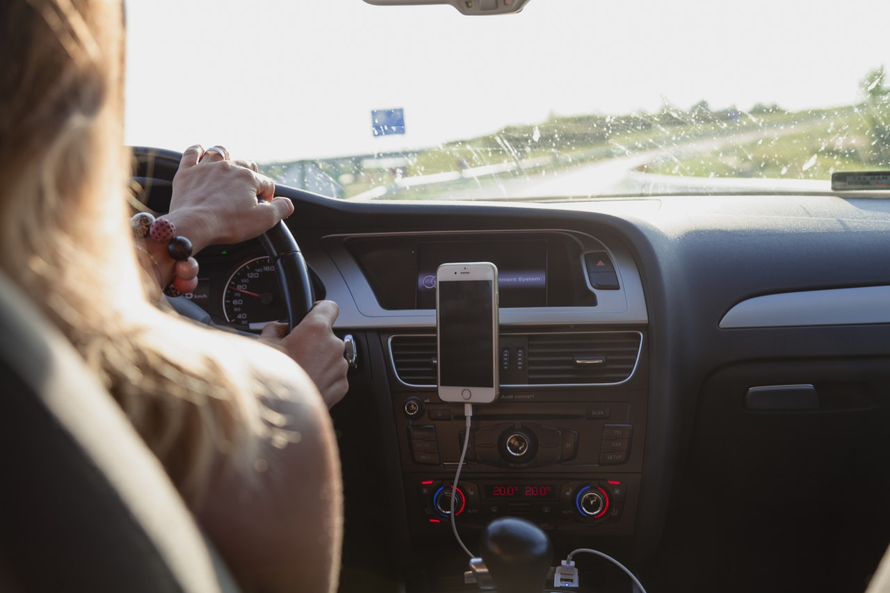 phone distracted driving